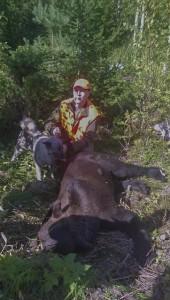 Anssi ja karhu ( uros 190 kg) 22.8.2015